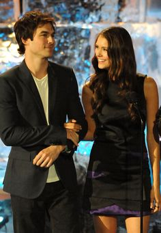 Nina Dobrev and Ian Somerhalder have reportedly broken up after three years of dating. The two met back in 2009 when they started filming The Vampire Diaries Stefan Salvatore, Damon Salvatore Vampire Diaries, Vampire Diaries Guys, Ian Somerhalder Vampire Diaries, Vampire Diaries The Originals, Delena, Nina Dobrev, Movies And Series, Cw Series