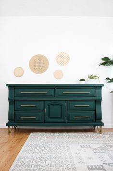 Diy Dresser Makeover Epic Diy Dresser Makeover She Made Those Legs And Pulls From An Old Metal Coffee Table Lily Ardor Diy Dresser Makeover, Furniture Makeover, Bedroom Furniture, Home Furniture, Furniture Design, Bedroom Decor, Dresser Makeovers, Furniture Ideas, Furniture Stores
