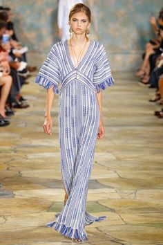 http://www.vogue.com/fashion-shows/spring-2016-ready-to-wear/tory-burch/slideshow/collection