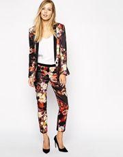 Closet - Pantalon à fleurs- Pant for office : #officelook #officewear#officeattire #businesswear #businessfashion #businesswoman #weartowork #professionalwear #workoutfit #workwear