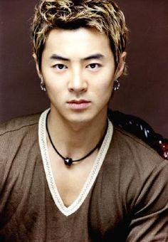 Jun Jin ♡ Shinhwa