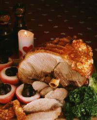 Svinestek (Roasted Pork w/ Crispy Crackling) {Norwegian}