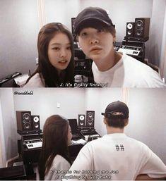 Jennie e Suga Swag Couples, Kpop Couples, Bts Taehyung, Bts Bangtan Boy, Bts Girlfriends, Bts Snapchats, Beautiful Meme, Breastfeeding Photos, Bts Inspired Outfits