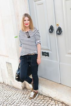 http://www.the-working-girl.com/2014/09/sneakers-bart-leo-isabel-marant/