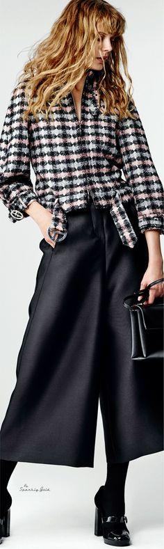 Giorgio Armani Pre-Fall 2016 women fashion outfit clothing style apparel @roressclothes closet ideas