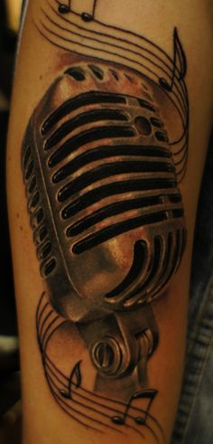 jazz microphone tattoos – Tattoo Tips Mic Tattoo, Microphone Tattoo, Note Tattoo, Tattoos For Kids, Tattoos For Women, Old School Microphone, Unique Tattoos, Cool Tattoos, Body Art Tattoos