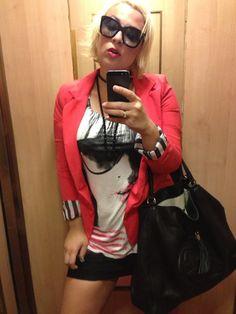 FUCKMEI'MFAMOUS.  Blazer Lollipop, tshirt Hm, bag Gucci.