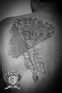 Home – Triple-J Energy Tattoo – Tattoostudio Mondsee See Tattoo, Tattoo Art, Tattoo Studio, Energy Tattoo, Triple J, Labyrinth, Dot Work, Compass Tattoo, Ink