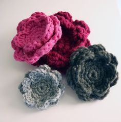 Sort of pink.: Crochet  Cool Crochet page:  In Finnish, but google translate does a fab job :)