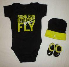 NIKE AIR JORDAN Baby Infant Boy Bodysuit Romper Set Hat Shoes Booties Socks 0-6M Nike Outfits, Sport Outfits, Newborn Boy Clothes, Cute Baby Clothes, Baby Boy Quilt Patterns, Baby Boy Themes, Baby Boy Swag, Lil Black Dress, Baby Jordans