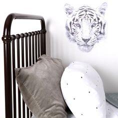 This tiger vinyl!
