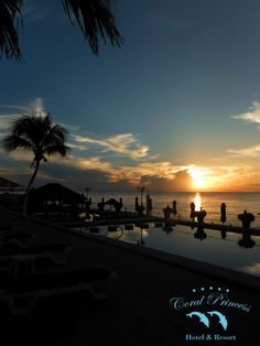 Beautiful sunset of today, from Coral Princess Cozumel...   Would you like to be here?