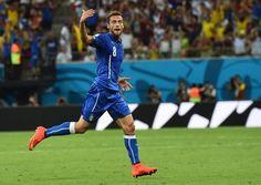 意大利创世界杯1神迹 15连杀力压巴西德国