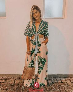 Look alla moda Primavera Estate le tendenze! Hawaii Outfits, Chic Summer Outfits, Casual Summer Outfits For Women, Trendy Outfits, Fashion Outfits, Fashion Ideas, Girly Outfits, Summer Clothes, Urban Fashion