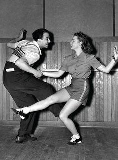 Dancing 1950s