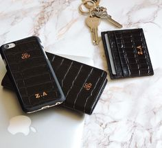 Personalize leather accessories  S1 iphonewallet case set 6/6plus S3 cardholder . #serapaktugleathergoods #initial #personalize #customize #luxe #leather #accessories #kisiyeozel #harfbaski #style #fashion #unisex #aksesuar #hediye #gift #newyear #yeniyil #yeniyilhediyesi