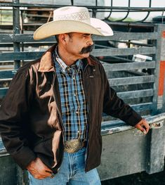 Men's Vest and Jackets - King Ranch Saddle Shop Cowboy And Cowgirl, Cowboy Hats, Texas Man, Saddle Shop, King Ranch, Mens Fashion, Fashion Trends, Panama Hat, Looks Great