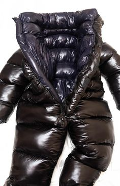 Glanznylon oversized and overfilled puffy suit. Not Down filled but still an aswesome suit! Nylons, Moncler, Velcro Tape, Down Suit, Teen Girl Poses, Winter Suit, Moon Boots, Puffy Jacket, Overall