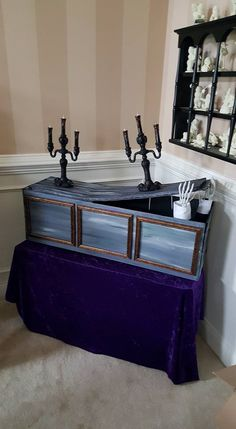 Haunted Mansion Costume, Haunted Mansion Decor, Haunted Hotel, Halloween Haunted Houses, Halloween House, Holidays Halloween, Halloween Diy, Gothic Halloween, Halloween 2020