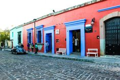 Things to do in Oaxaca City Cool Places To Visit, Places To Travel, Places To Go, Mexican Colors, Mexican Style, Oaxaca City, Mexico Culture, Mexico Resorts, Visit Mexico