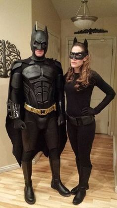 Batman Costume - complete instructions included, Because you never know when you will need to bring out your inner Batman.Batman Costume - complete instructions included, Because you never know when you will need to bring out your inner Batman. Catwoman Halloween Costume, Batman Halloween, Cute Couple Halloween Costumes, Halloween Costume Contest, Halloween 2018, Halloween Makeup, Group Halloween, Superhero Couples Costumes, Best Couples Costumes