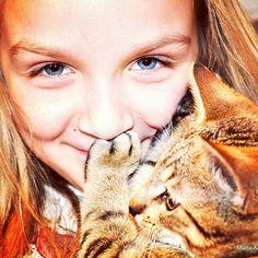 Girl#beautiful#cat