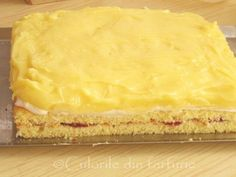 » Prajitura cu crema de lamaieCulorile din Farfurie Food And Drink, Cooking Recipes, Pie, Favorite Recipes, Sweets, Cookies, Desserts, Romanian Recipes, Pies