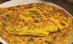Oosters Gekruide Omelet recept | Smulweb.nl Omelet Recept, Cheesy Spaghetti, Sugar Free, Brunch, Pancakes, Paleo, Low Carb, Eggs, Healthy Recipes