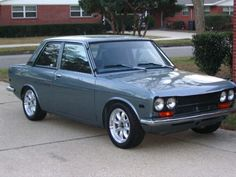 A 1970 Datsun 510 - 2 door coupe was the reliable car that took me up-and-down highway 101 & 5 while I was attending SJSU during the early I hear that it is still a popular classic! Datsun 510, Japanese Sports Cars, Japanese Cars, My Dream Car, Dream Cars, Nissan, Reliable Cars, Amazing Cars, Old Cars
