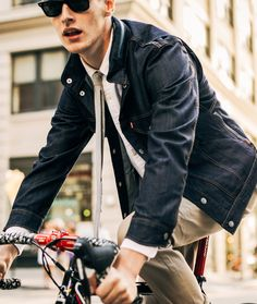 Perfect for your ride to work and the boardroom, the Levi's Commuter Collection.