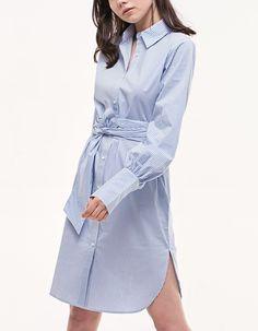 Платье-рубашка в полоску - Платья   Stradivarius Россия