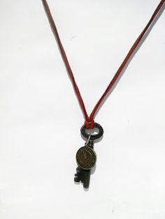 black jade crafts skeleton key pendant ,gothic punk ,emo style