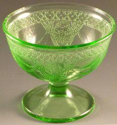 Green Depression Glass Georgian Lovebirds ...   Depression Glass Obse ...