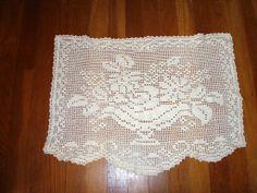 Vintage Hand Crocheted Flower Basket Filet Lace