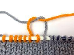 Cashmere scarves for women Crochet Bear Patterns, Knitting Patterns, Hat Patterns, Double Crochet, Single Crochet, Diy Jewelry To Sell, Crochet Teddy, Knitting For Beginners, Jewelry Patterns