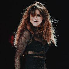Selena Gomez Tour, Selena Gomez Concert, Selena Gomez Pictures, Instagram Music, Marie Gomez, Stage Outfits, Female Singers, Girl Crushes, Demi Lovato