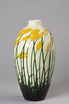 fu schale majolika karlsruhe max l uger 1864 1952 wert ab 700 keramik majolika glas. Black Bedroom Furniture Sets. Home Design Ideas