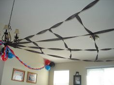 Spiderman party deco...AWESOME FOR A BOY!!!