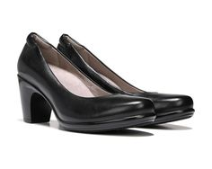 Classic, sophisticated style has never been so comfortable with the Venecia pumps from the Naturalizer@work collection.New premium N5 Contour technology, featuring a patented contoured footbed with superior arch and heel support, dual-density cushioning, a cool and breathable lining, lightweight materials, and flexibility that moves with youLeather upper in a tailored dress pump style with a round toeSlip-on fitPadded collar for long-lasting comfortRemovable Ortholite comfort foam insoleLux…