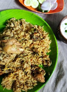0 Thalapakatti Chicken Biryani Recipe is a very famous style of biryani from Dindigul region in the state of. Side Dish Recipes, Dinner Recipes, Rice Recipes, Cooking Recipes, Best Restaurant Names, Chicken Pulao Recipe, Briyani Recipe, Chettinad Chicken, Kitchens