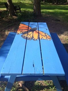 Get Information home decorations ideas and Painted Picnic Tables-Amazing Hand-Painted Furniture Ideas Painted Picnic Tables, Painted Chairs, Hand Painted Furniture, Picnic Table Paint, Outdoor Spaces, Outdoor Living, Outdoor Decor, Outdoor Projects, Garden Projects