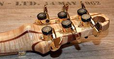 Zerberus Woodhenge zerberus-guitars.de