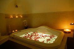 Traditional villa - relax in its cozy bathtub!