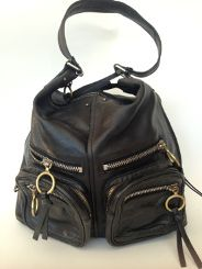 e40086312428 chle hobo betty in noir avavaible on www.pursha.com rare and fabulous