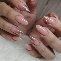Nails on X-Power Makeup Natural amp; Grace Glitter Gel jet_set_beauty_nails : B.Nails on X-Power Makeup Natural amp; Pink Glitter Nails, Pink Nail Art, Pink Manicure, Glitter Art, Nail Glitter Design, Gold Tip Nails, Sparkle Acrylic Nails, Gliter Nails, White Nail Art