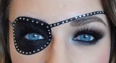 eyepatch makeup                                                                                                                                                     More Halloween Makeup Pirate, Pirate Girl Makeup, Pirate Hair, Halloween 2015, Holidays Halloween, Halloween Decorations, Pirate Theme, Diy Costumes, Pirate Party Costume