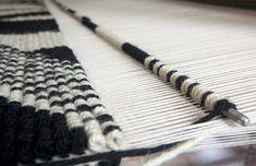 Pibiones weaving - Antonio Marras