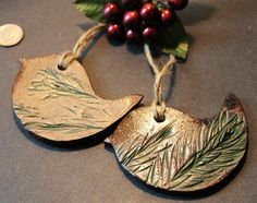 Christmas ornaments - bird ornament - gift tags - pine ornament - Rustic Christmas - Burlap accent - Unique gift -Unique ornament, Handmade