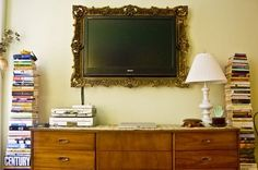 Picture frame for the TV - doing this in my new room!! love KR