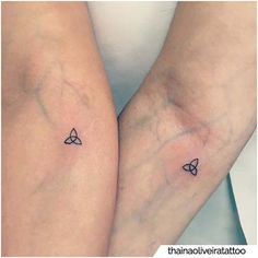 Siblings Tattoo For 3, Small Sister Tattoos, Sibling Tattoos, Bff Tattoos, Sexy Tattoos For Girls, Girly Tattoos, Couple Tattoos, Tatoos, Flower Tattoos